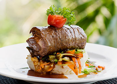 DINNER-DINING-MANTARAY-ISLAND-RESORT-405-291-DSC9397