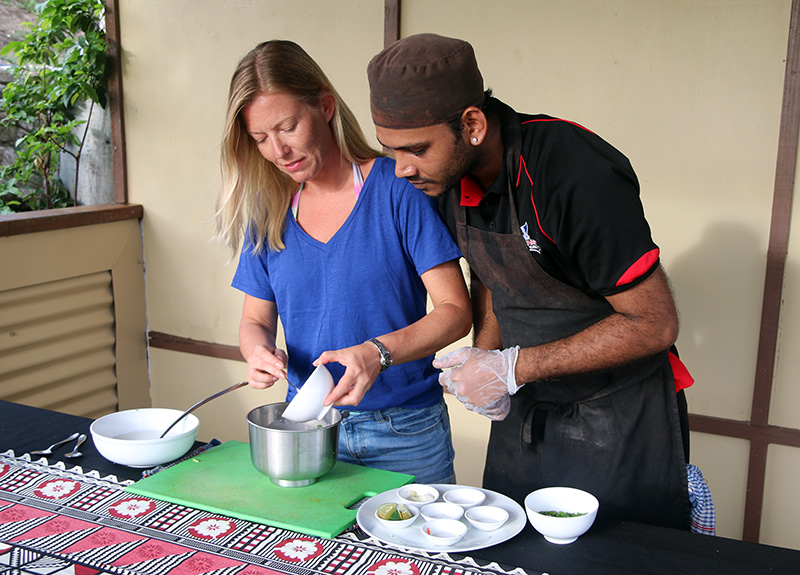 Cooking-Class-Fiji-Mantaray-Island-Resort-800_575-2