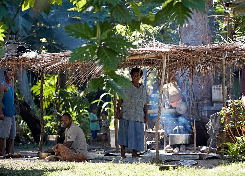 Fijian-Village-800_575