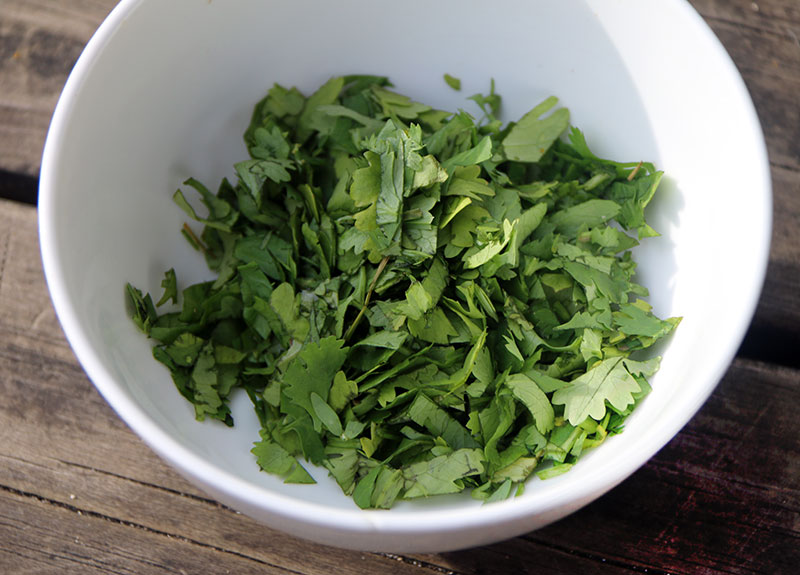 Flat-Leaf-Parsley-for-Kokoda-Recipe-800_575
